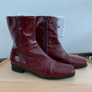 La CANADIENNE - Cranberry Red Boots with Zipper